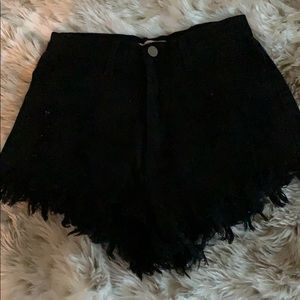 Pants - Black highwaisted shorts
